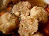 Vepřový vývar s tataráčkovými knedlíčky recept