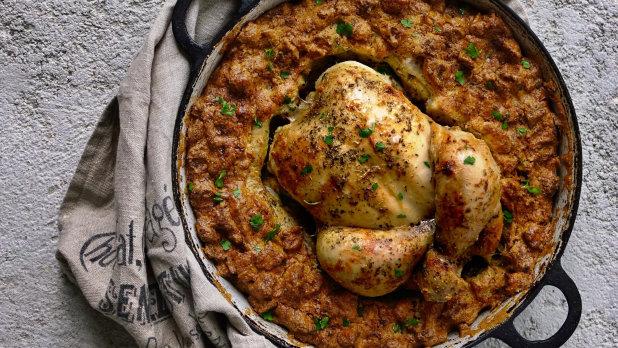 Pečené kuře s kaštanovo-brusinkovou nádivkou