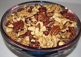 Hříšně pálivé pikantní ořechy s chilli olejem recept