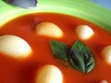 Jarní rajská polévka s řapíkatým celerem recept