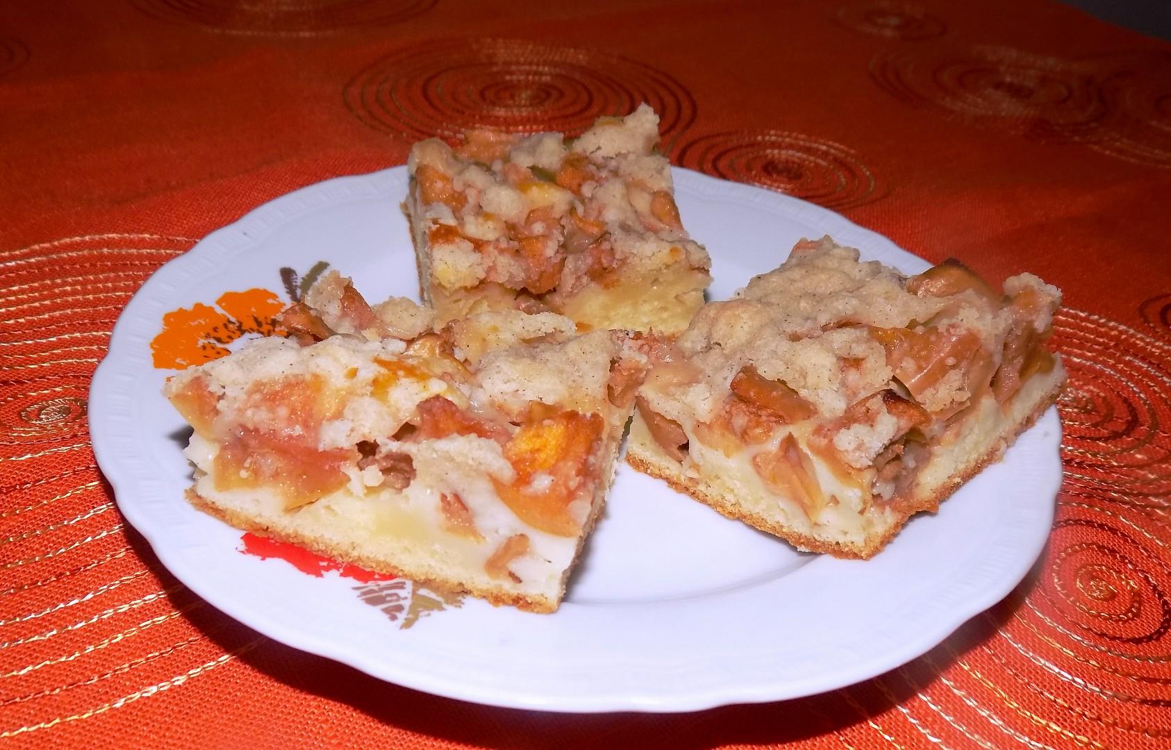 Jablečný koláč se skořicovou drobenkou recept