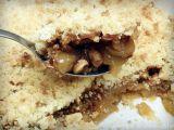 Jablečný crumble s karamelem a ořechy recept