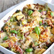 Brambory zapékané s brokolicí a sýrem recept