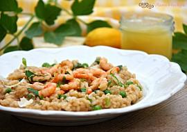 Citronové rizoto s hráškem a krevetami recept