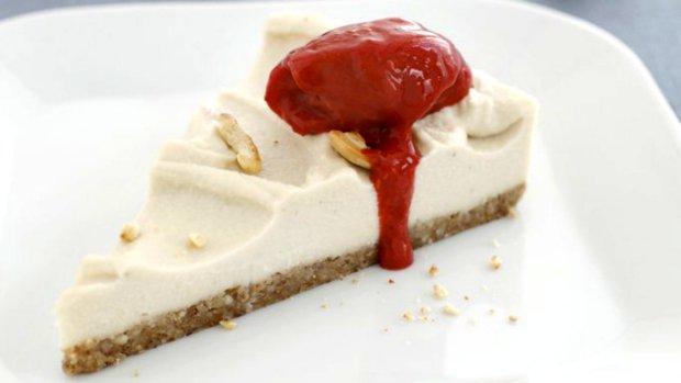 Raw kešu cheesecake
