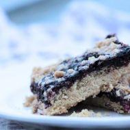 Bezlepkový borůvkový koláč s drobenkou recept