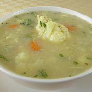 Květáková polévka s pohankou recept