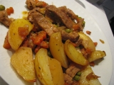 Vepřové se zeleninou a bramborama recept