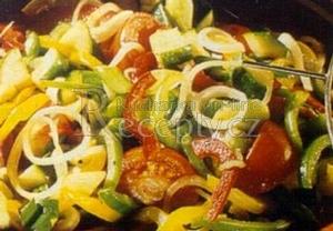 Svěží zeleninový salát