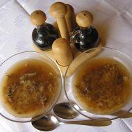 Hovězí vývar s masem a nudlemi recept