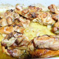 Pečený králík na česneku a cibuli recept