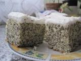 Hrníčkový makovec s bílou čepicí recept