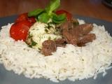 Rýžový věneček s masem, mozzarellou a cherry rajčátky recept ...