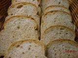 Snídaňový chlebík s grahamovou moukou pečený ve formě recept ...