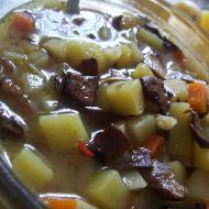 Houbová polévka s bramborem recept