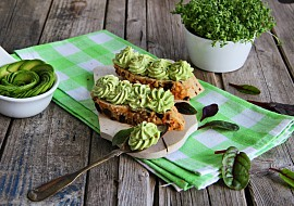 Pomazánka s avokádem a Nivou recept