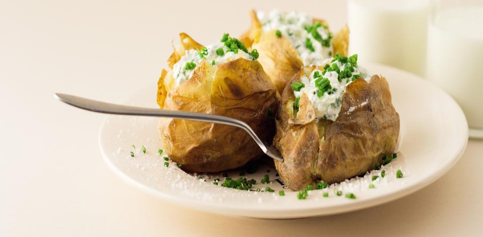 Pečené brambory s tvarohem