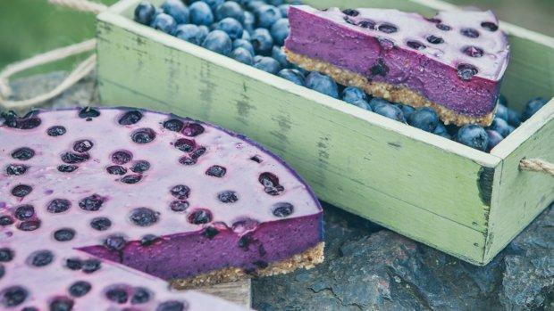 Borůvkový raw cheesecake