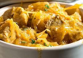 Segedínský guláš s kuřecím masem a houbami recept  TopRecepty ...