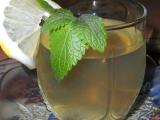 Nápoj z meduňky, citrónu a medu recept