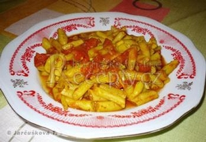 Fazolové lusky s rajčaty