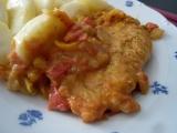 Kuřecí prsíčka s rajčaty a paprikami recept