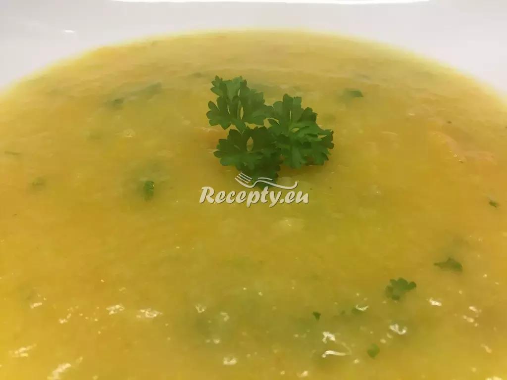 Dýňová polévka s nádechem zázvoru recept  polévky