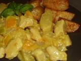 Kuřecí kousky s kari, paprikou a ananasem recept