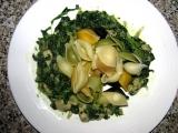 Jednoduché těstoviny s kuřetem a listovým špenátem recept ...
