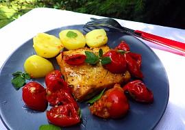 Pečené rybí filé na rajčatech a oreganu recept