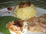 Maminčin špenát s vepř. masem a vajíčkem recept