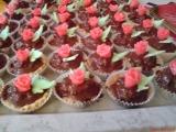 Ořechové košíčky s marcipánovou ozdobou recept