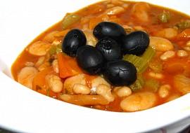 Fasolada  řecká fazolová polévka, jak ji vaří líná hospodyně recept ...