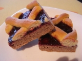 Dvoubarevný mřížkový koláč recept