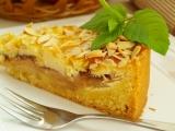 Koláč s jablíčky a marcipánovým krémem recept