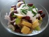 Syrový salát s fazolkama recept