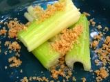 Řapíkatý celer s máslem a strouhankou recept