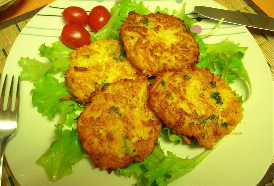 Placky s cuketou, bramborem a mrkví recept