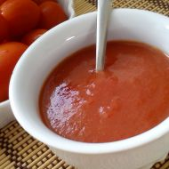 Jednoduchý rajčatový protlak recept