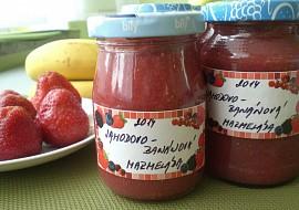 Jahodovo  banánová marmeláda (meruňková višňová,....) recept ...