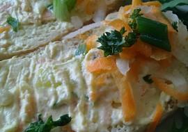 Jarní pomazánka z tvarohu, bílé ředkve, paprik a mrkve recept ...