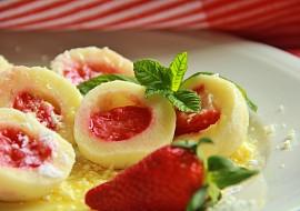 Nejjednodušší tvarohové těsto na ovocné knedlíky (bez vejce ...