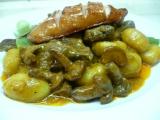 Hovězí kousky s liškami a tymiánem recept