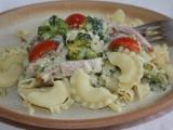 Smetanové těstoviny s brokolicí a šunkou recept