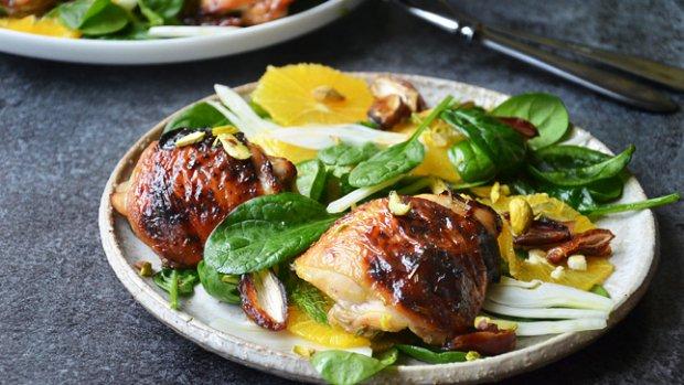 Grilované kuře s pomerančovým salátem