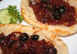 Cibulové koláčky z listového těsta recept