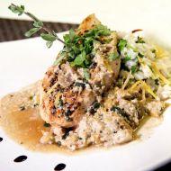 Křupavý kuřecí steak připravený na mléce a čerstvé šalvěji recept ...