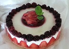 Nepečený jahodovo-ostružinový cheesecake recept