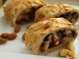 Hruškový štrůdl s mandlemi a čokoládou recept