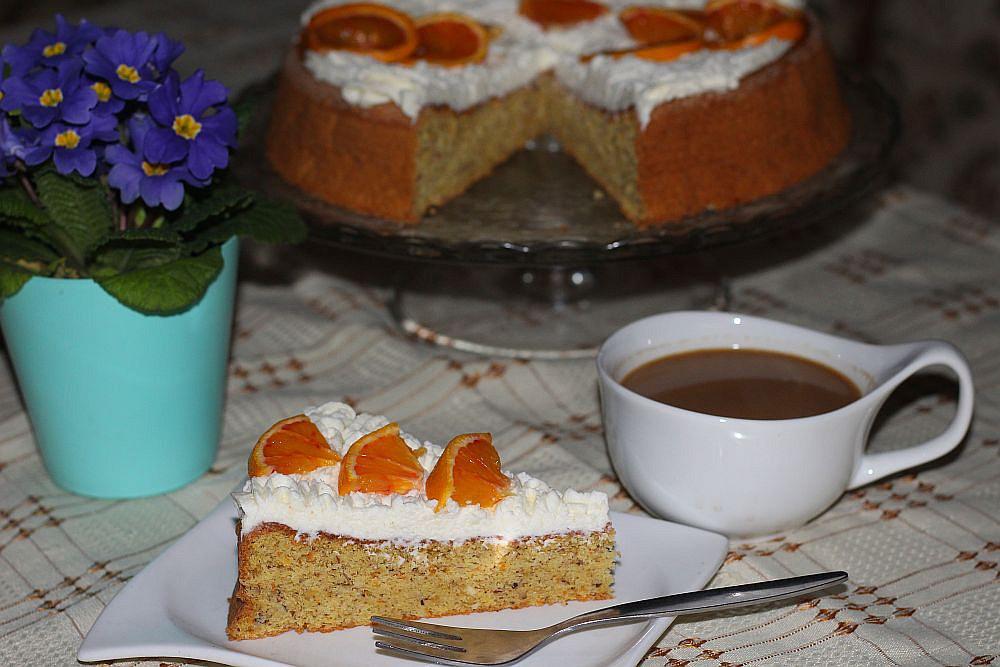 Pomerančový koláč s oříšky recept